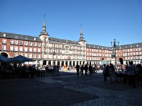 [Plaza Major a Madrid]